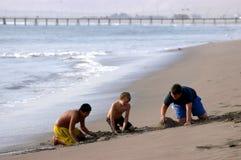 Bambini sulla spiaggia Immagine Stock