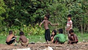 Bambini sulle rive, linfa di Tonle, Cambogia Immagine Stock Libera da Diritti