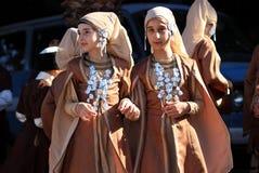 Bambini turchi in costumi nazionali Fotografia Stock Libera da Diritti