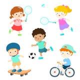 Bambini in vario vettore di attività di sport Immagini Stock