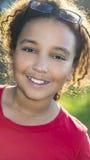 Bambino afroamericano felice della ragazza della corsa mista Fotografia Stock Libera da Diritti