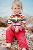 Bambino alla spiaggia Immagini Stock