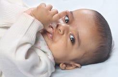Bambino anziano di quattro mesi indiano Immagini Stock