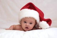 Bambino appena nato nel cappello della st Nicolas Immagini Stock Libere da Diritti