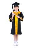 Bambino asiatico in abito di graduazione Fotografia Stock