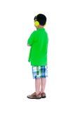 Bambino asiatico felice con le cuffie, isolate su fondo bianco Fotografia Stock