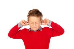 Bambino che copre le orecchie Fotografia Stock Libera da Diritti