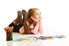Bambino che pensa, ispirazione di istruzione, sogno della scuola della ragazza del bambino Fotografia Stock Libera da Diritti