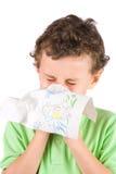 Bambino che pulisce il suo radiatore anteriore Fotografia Stock