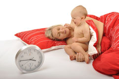 Bambino che sveglia mummia Fotografia Stock