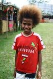 Bambino con capelli divertenti nel Vanuatu fotografie stock