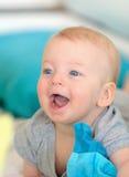 Bambino con gli occhi azzurri Immagine Stock