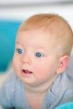 Bambino con gli occhi azzurri Immagini Stock Libere da Diritti