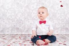 Bambino con i cuori Fotografie Stock