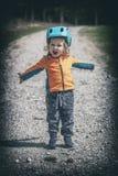 Bambino con il casco Fotografie Stock Libere da Diritti