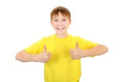 Bambino con il gesto GIUSTO Fotografia Stock