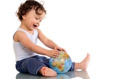Bambino con il globo. Immagine Stock Libera da Diritti