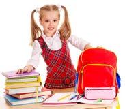 Bambino con il libro della pila. Fotografie Stock