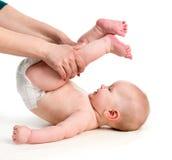 Bambino con la sua mamma che fa gli esercizi fotografie stock libere da diritti
