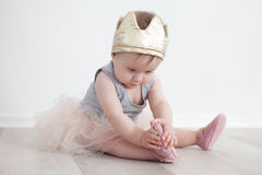 Bambino in costume di principessa Fotografia Stock Libera da Diritti