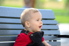 Bambino degli occhi azzurri Fotografia Stock Libera da Diritti