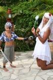 Bambino del pirata con prisonner leggiadramente Immagini Stock