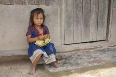 Bambino dell'Asia nel Laos fotografie stock libere da diritti