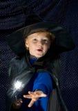 Bambino dello stregone di Halloween Fotografia Stock Libera da Diritti