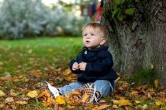 Bambino di autunno Fotografie Stock