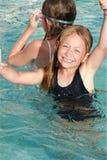 Bambino di nuoto immagine stock libera da diritti