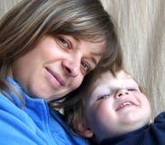Bambino con la madre Fotografia Stock Libera da Diritti