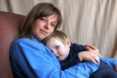 Bambino con la madre Fotografie Stock