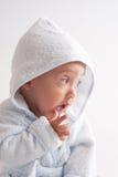 Bambino dopo il bagno Fotografie Stock
