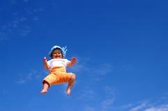 Bambino e cielo Fotografia Stock