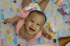 Bambino e giocattolo Fotografie Stock Libere da Diritti