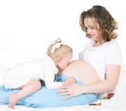 Bambino e madre incinta Fotografia Stock Libera da Diritti