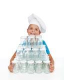 Bambino felice che prepara per l'inscatolamento di autunno Fotografia Stock Libera da Diritti
