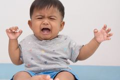 bambino infelice e gridare fotografie stock