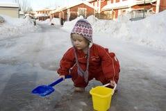 Bambino nella sorgente Fotografie Stock