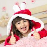 Bambino sorridente in base fotografia stock
