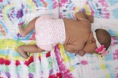 Bambino sulla coperta Immagini Stock