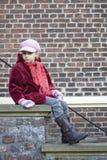 Bambino sulle scale Fotografie Stock Libere da Diritti