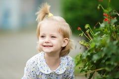 Bambino sveglio felice immagini stock libere da diritti