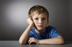 Bambino triste faticoso Fotografia Stock Libera da Diritti