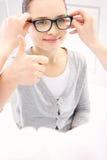 Bambino un oftalmologo fotografie stock libere da diritti