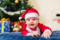 Bambino vestito in Santa Claus Fotografia Stock