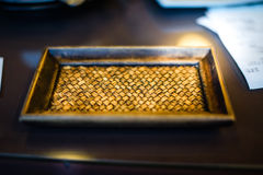Bamboe in een dienblad wordt geweven dat Royalty-vrije Stock Afbeeldingen