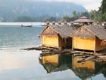 2 bamboehut Royalty-vrije Stock Fotografie