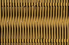 Bamboemuur of de textuurachtergrond van de Bamboeomheining, Japanse stijl royalty-vrije stock afbeelding