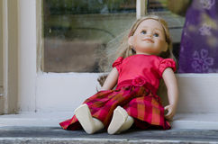 Bambola dimenticata Fotografie Stock